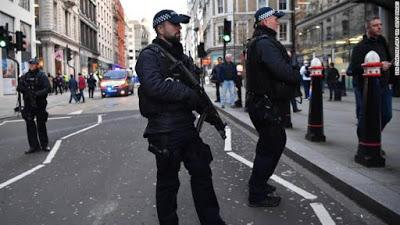 Police Shoot Suspected Terrorist After London Bridge Stabbing