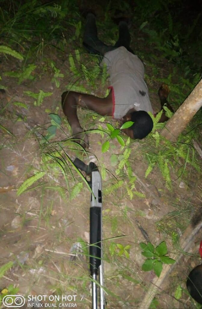 Security Gun Down 4 Kidnappers, Arrests Two (Photos)