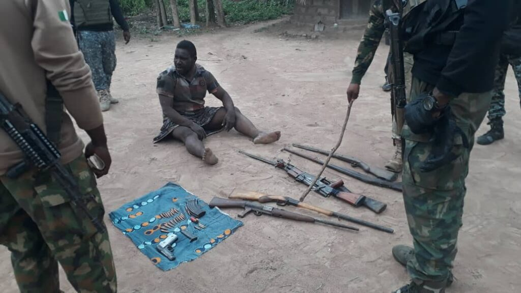 Troops Arrests Kidnappers, Rescued 32 Kidnapped Victims In Benue (Photos)