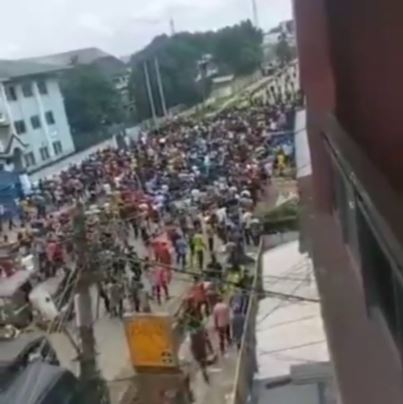 Thugs Invade Aba South LGA Headquarters, Destroys Properties (Photos, Video)