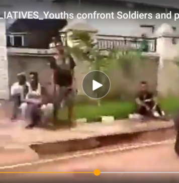 Moment Youths Beg Soldiers To Allow Them Carry Their Own Palliatives(Video)