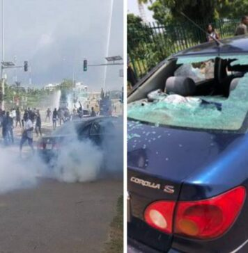 Breaking!!! Armed Thugs Attack Abuja #Endsars Protesters, Batter Cars