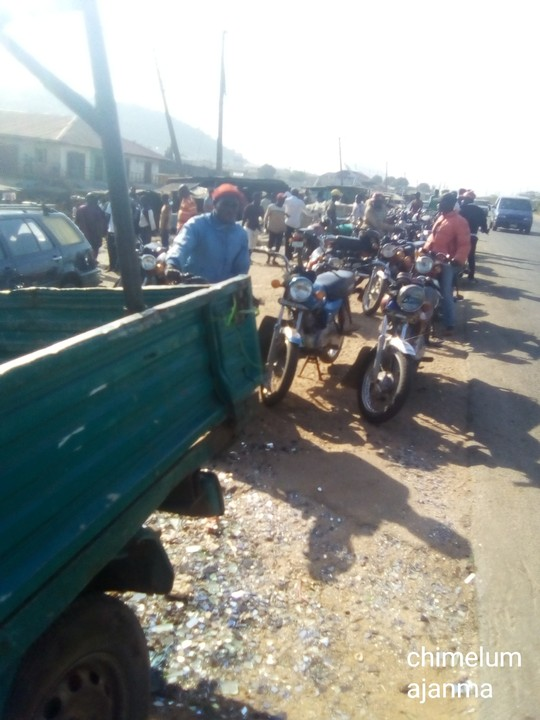 Fatal Accident Along Kaduna Road Claims 5 People (Graphic Photos)