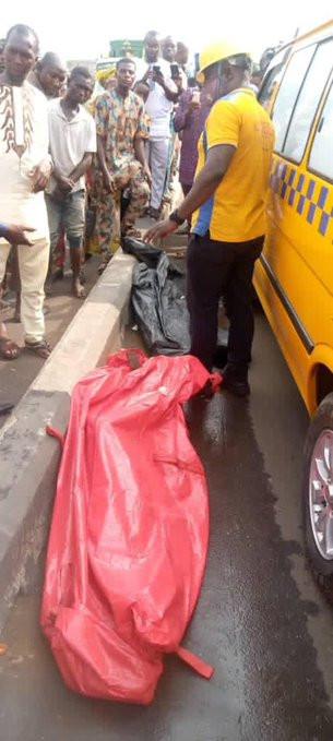 3 Dead As Beer-Laden Truck Falls In Lagos (Graphic Photos)