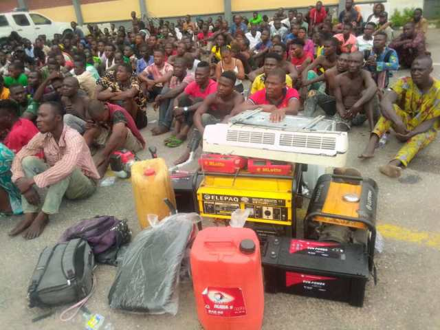 Police Raid Lagos Black Spots, Arrest 720 Suspects, Recover Arms (Photos)