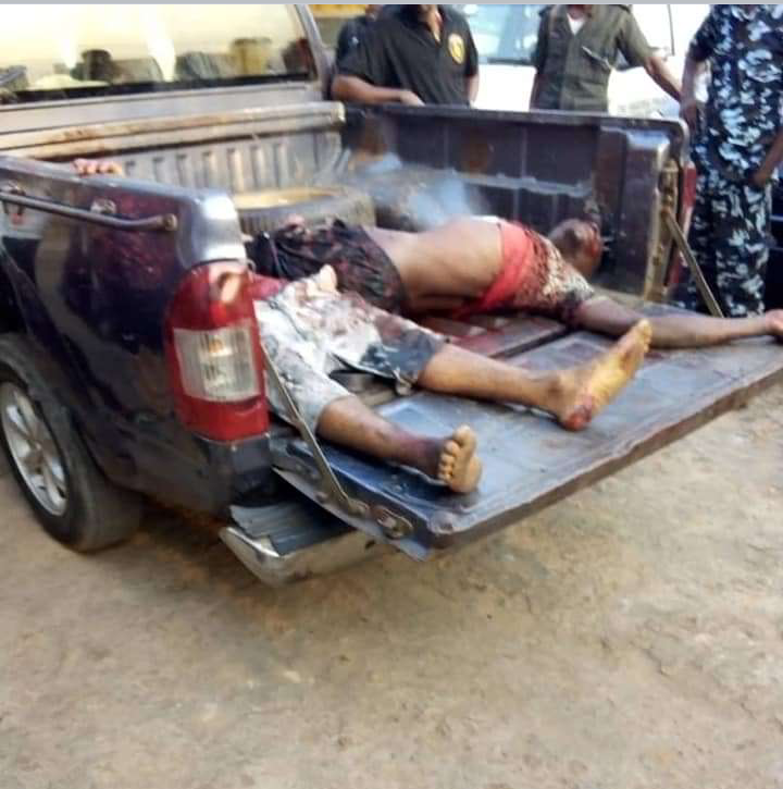 2 Dead As Police And Robbers Exchange Gunfire In Anambra (Photos)